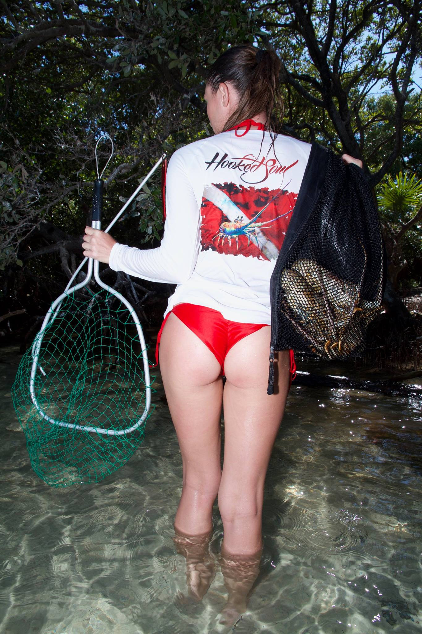 lobster diver down hot girl thong bikini
